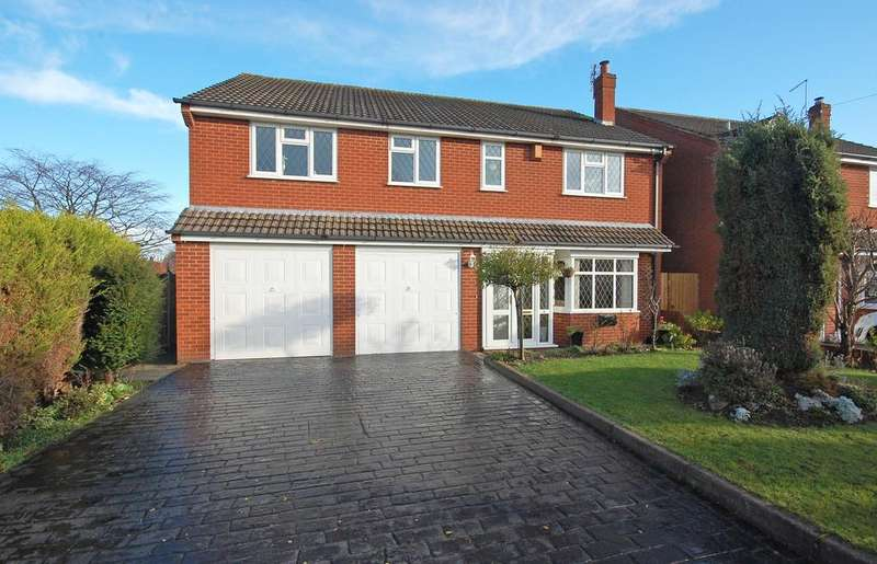 4 Bedrooms Detached House for sale in Carter Avenue, Codsall, Wolverhampton WV8