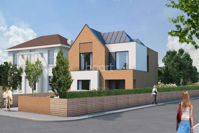 4 Bedrooms Detached House for sale in New Home, Cliffe Road, Strood, ME2