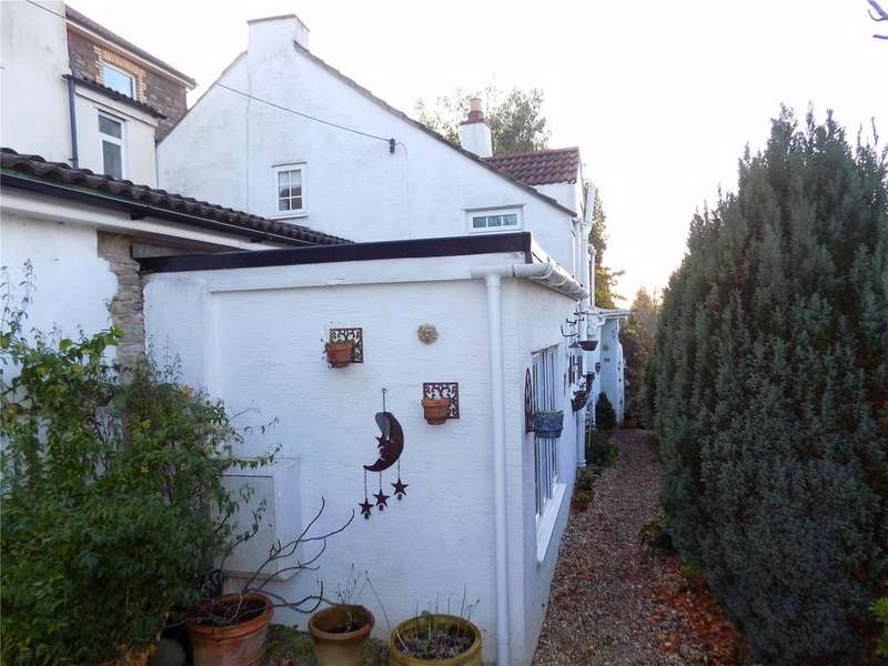 2 Bedrooms Semi Detached House for sale in Lovells Hill, Hanham, Bristol, BS15