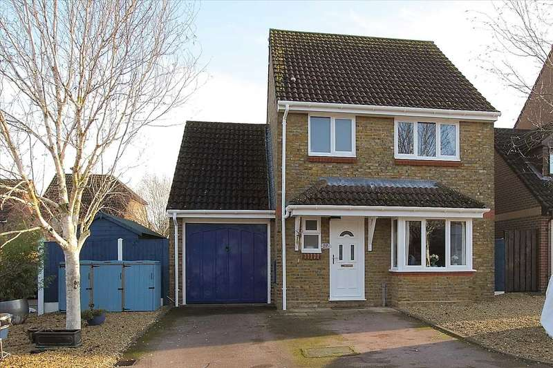 4 Bedrooms Detached House for sale in Brackenbury, Andover
