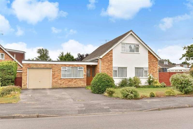 4 Bedrooms Detached Bungalow for sale in Windmill Avenue, Wokingham, Berkshire RG41 3XD