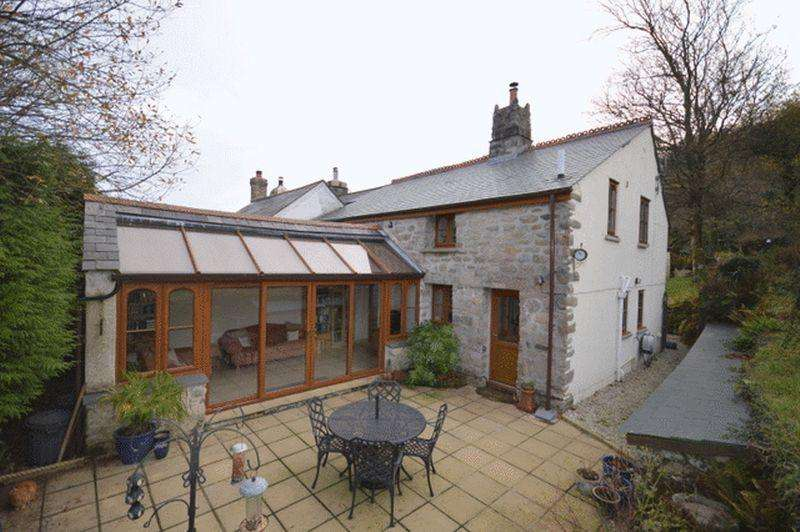 4 Bedrooms Cottage House for sale in Carbis, near Roche