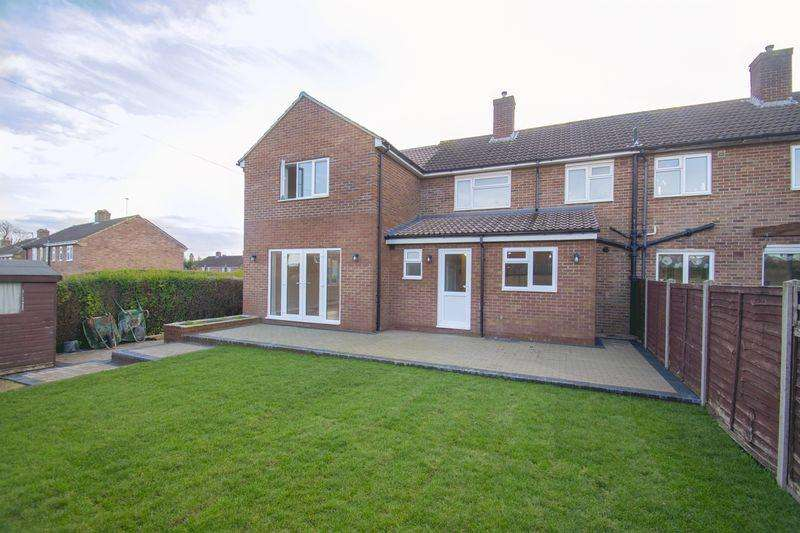 5 Bedrooms Semi Detached House for sale in Dukes Road, Ampthill