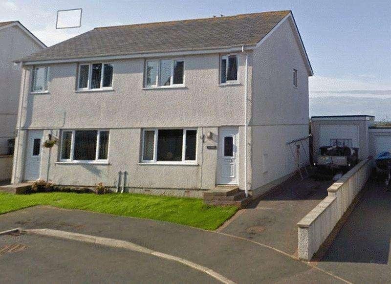3 Bedrooms Semi Detached House for sale in Tyn Rhos Estate, Penysarn