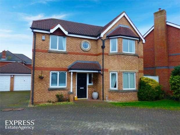 4 Bedrooms Detached House for sale in Foxglove Dell, Poulton-le-Fylde, Lancashire