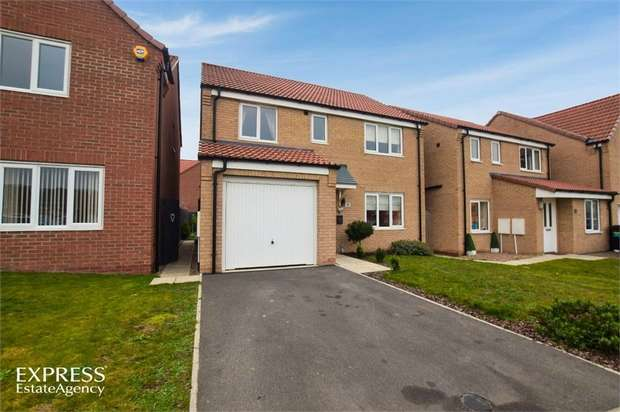 4 Bedrooms Detached House for sale in Crucible Close, North Hykeham, Lincoln