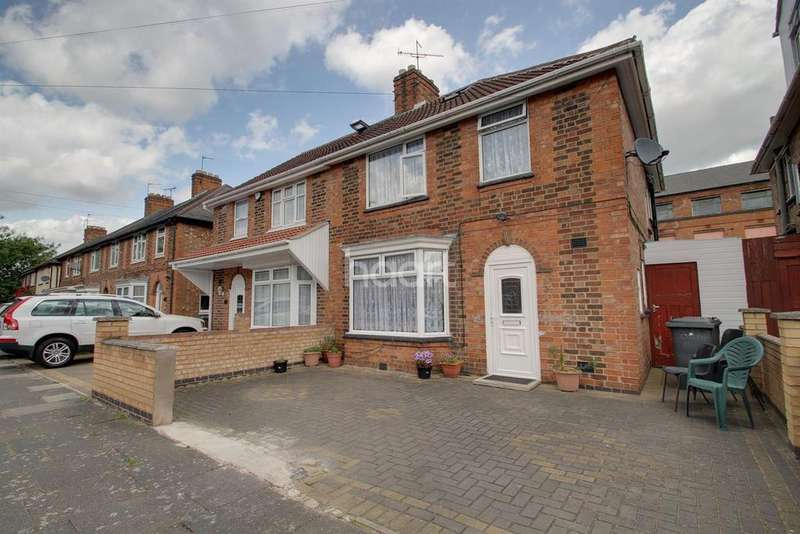 3 Bedrooms Semi Detached House for sale in Mervyn Road, Leicester