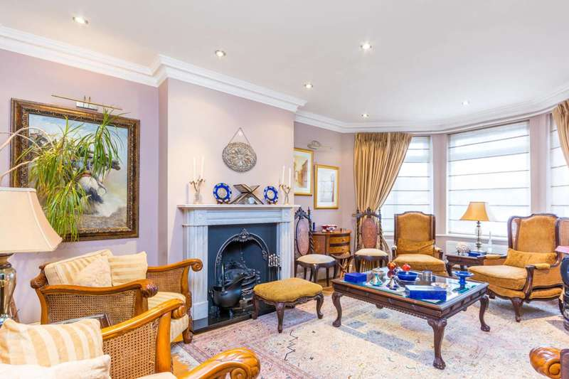 4 Bedrooms Semi Detached House for sale in Cecil Road, Acton, W3