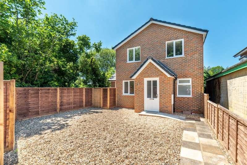 4 Bedrooms Detached House for sale in Stevenage SG2