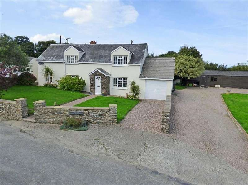 4 Bedrooms Detached House for sale in Ashmansworthy, Woolsery, Bideford, Devon, EX39