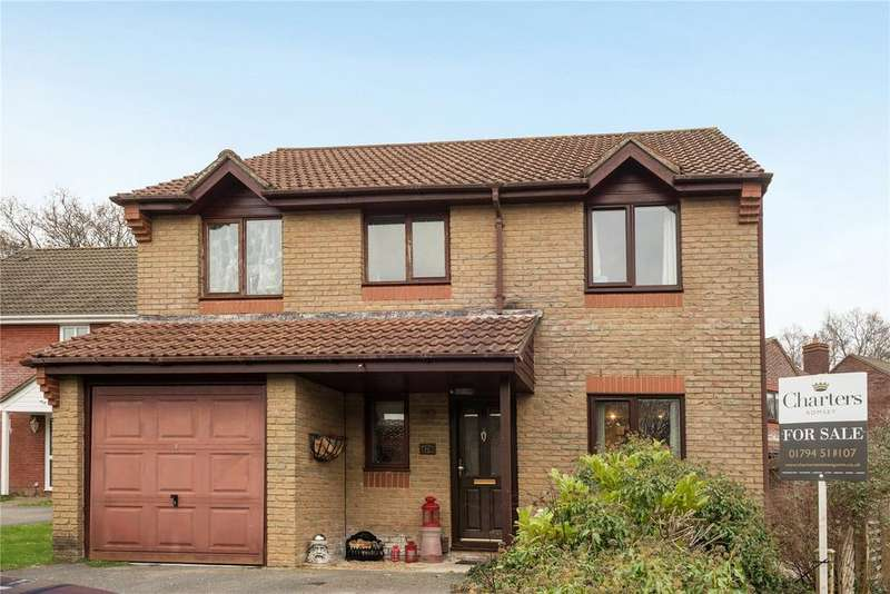 4 Bedrooms Detached House for sale in Broadbent Close, Rownhams, Southampton, Hampshire, SO16