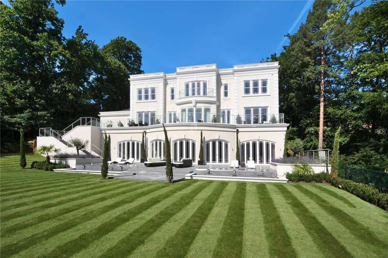 5 Bedrooms Detached House for sale in Rodona Road, St George's Hill, Weybridge, Surrey, KT13