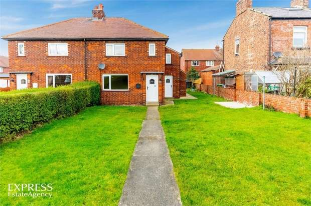 3 Bedrooms Semi Detached House for sale in Browns Terrace, Hinderwell, Saltburn-by-the-Sea, North Yorkshire