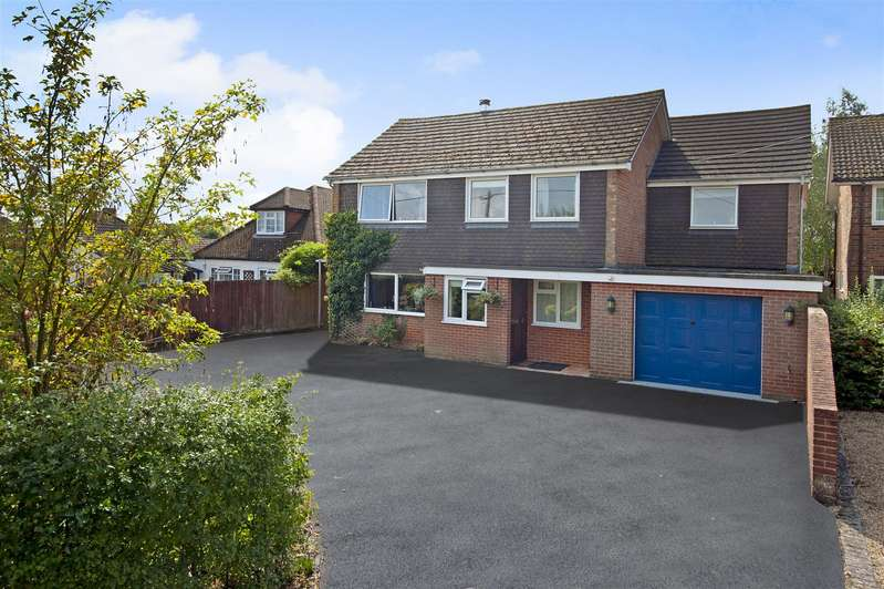 5 Bedrooms Detached House for sale in Pangbourne Road, Upper Basildon