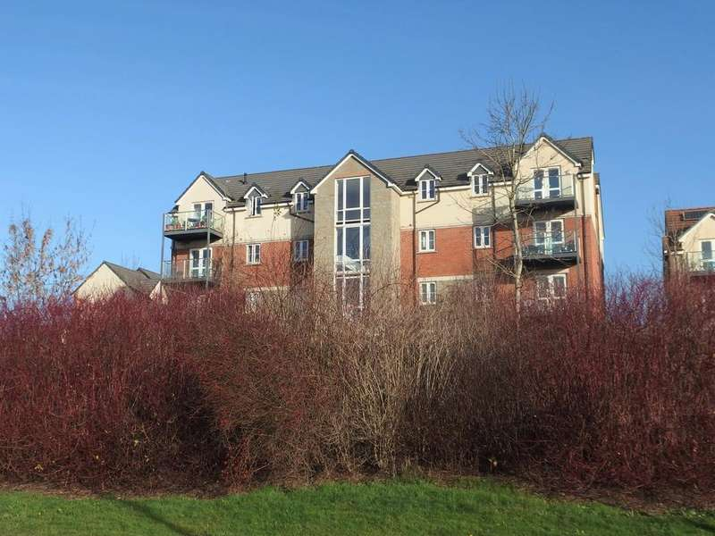 2 Bedrooms Apartment Flat for sale in Overstreet Green, Lydney, GL15