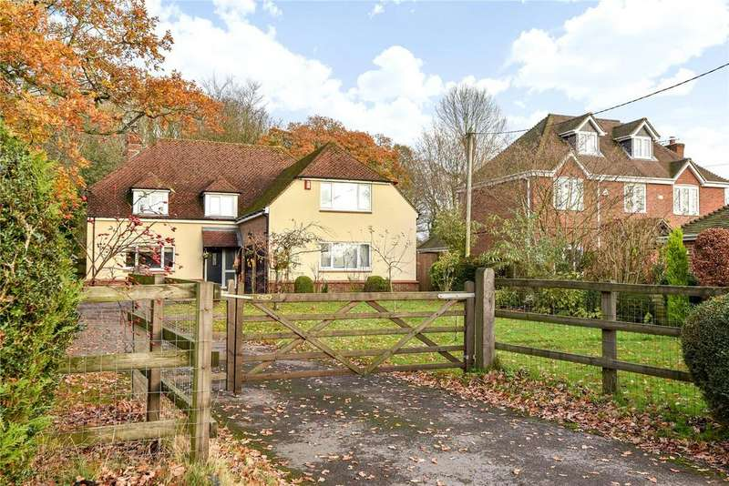 4 Bedrooms Detached House for sale in Telegraph Lane, Four Marks, Alton, Hampshire, GU34