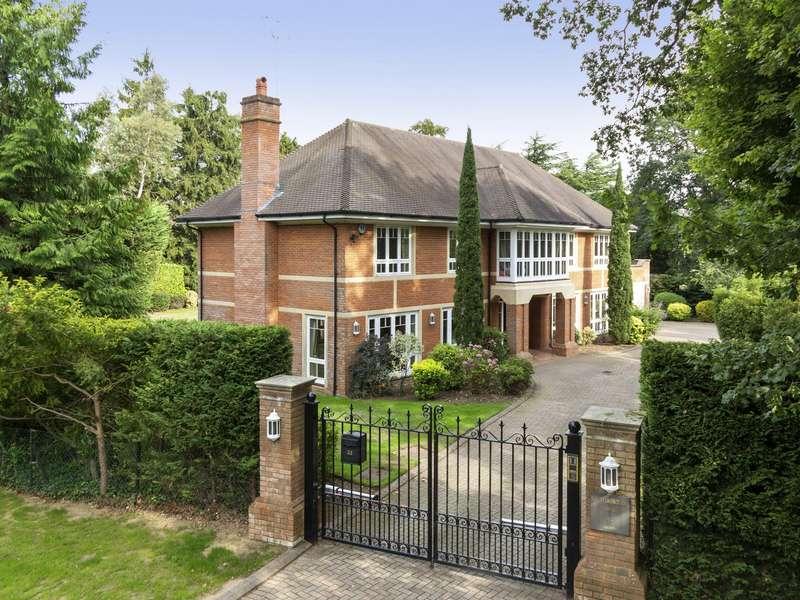 5 Bedrooms Detached House for sale in Burwood Park