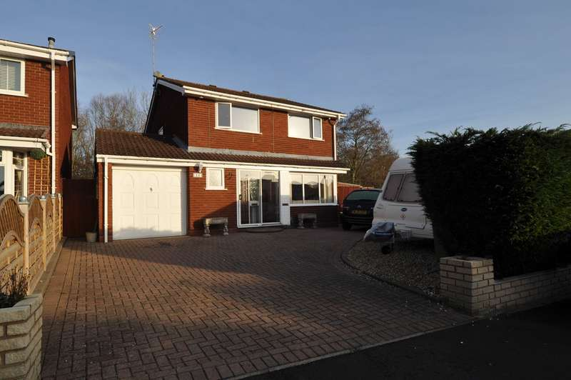 5 Bedrooms Detached House for sale in Jersey Close, Church Hill North, Redditch, B98