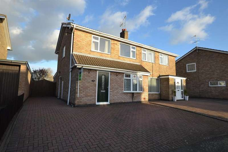 3 Bedrooms Semi Detached House for sale in Kendal Road, Sileby, Leicestershire