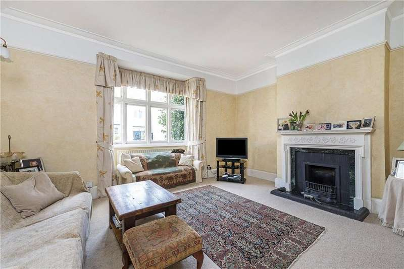 4 Bedrooms Terraced House for sale in Clavering Avenue, Barnes, SW13