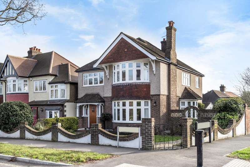 4 Bedrooms Detached House for sale in Kings Drive, Surbiton, KT5