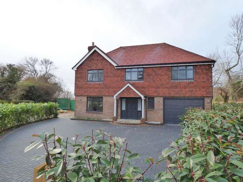 4 Bedrooms House for sale in Appletree Close, Janes Lane, RH15