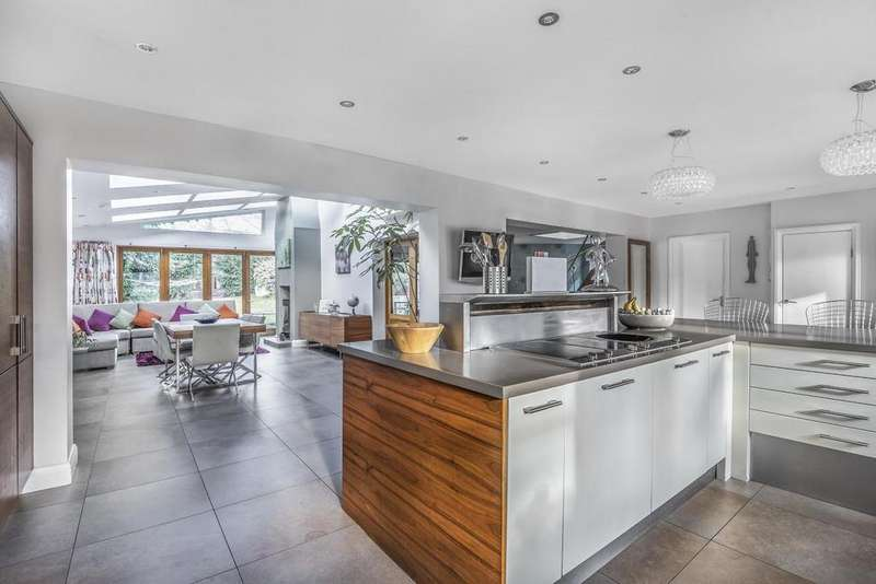 4 Bedrooms Detached House for sale in Creighton Avenue, Muswell Hill