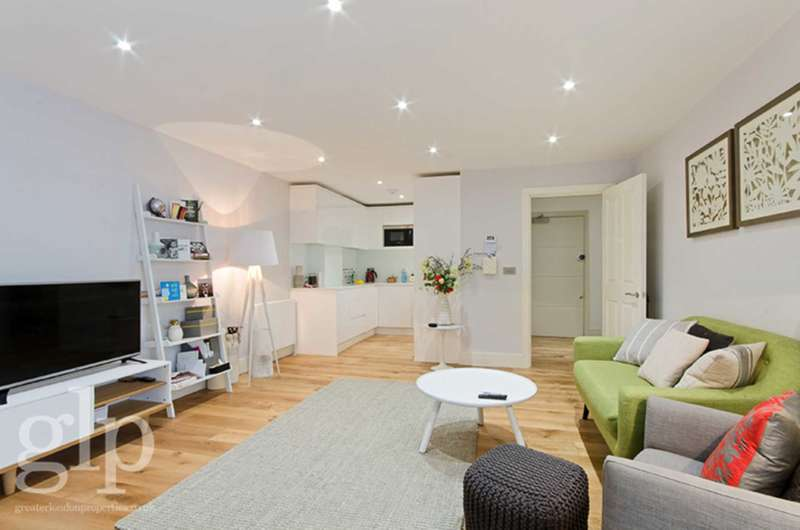 1 Bedroom Flat for sale in Grafton Mews, Fitzrovia, W1T