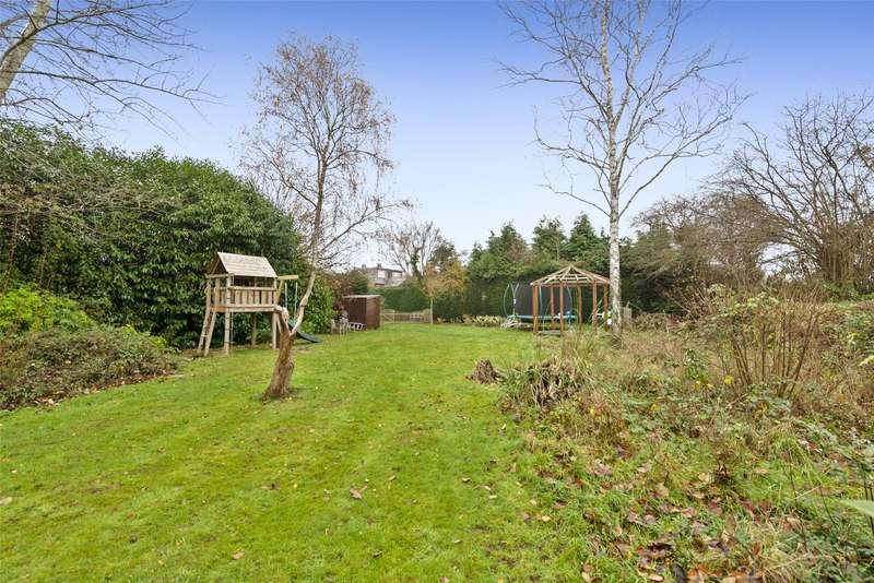 3 Bedrooms Semi Detached House for sale in Oakdene Road, Brockham, Betchworth, Surrey, RH3