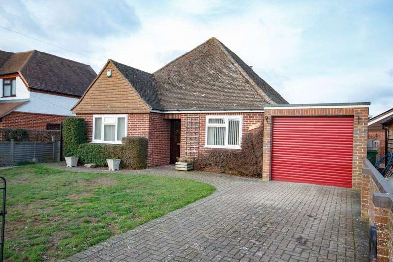 3 Bedrooms Detached Bungalow for sale in Bath Road Thatcham