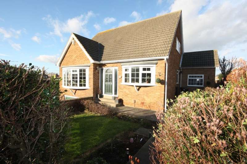 4 Bedrooms Detached House for sale in Mackie Drive, Guisborough, TS14