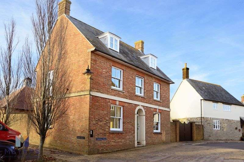 3 Bedrooms Property for sale in Stokehouse Street Poundbury, Dorchester