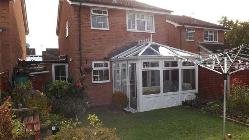 3 Bedrooms Detached House for sale in Anderson Drive, Stonehouse