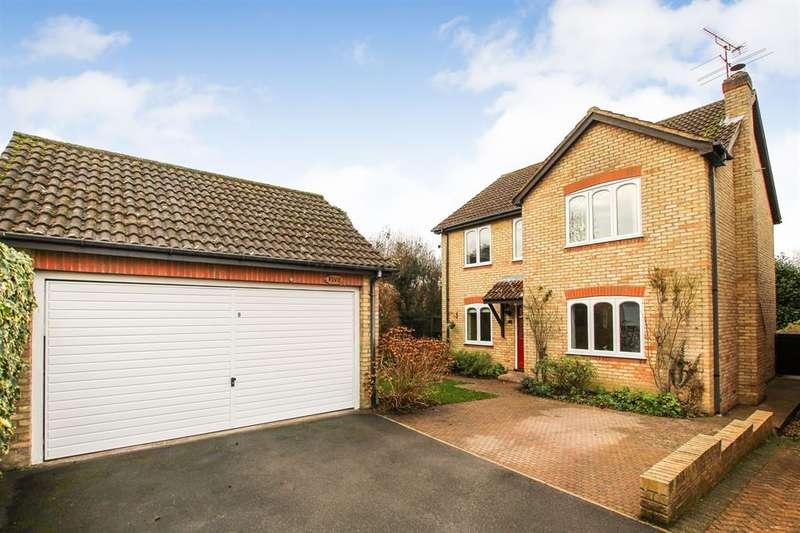 4 Bedrooms Detached House for sale in Ballinger Court, Upper Ashlyns Road, Berkhamsted