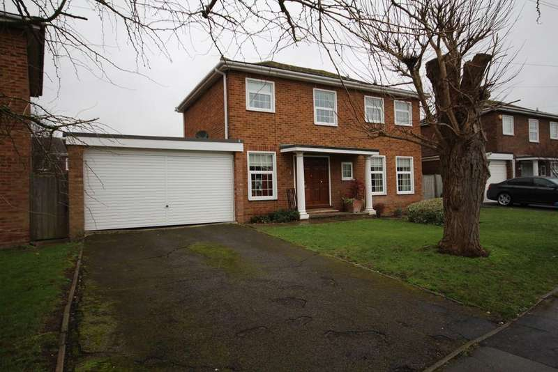 4 Bedrooms Detached House for sale in Cannock Close, Maidenhead