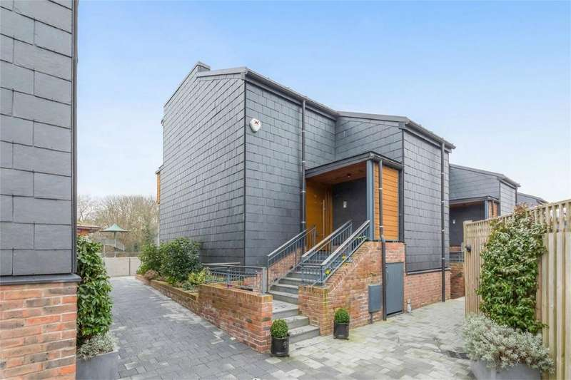 2 Bedrooms End Of Terrace House for sale in Chandlers Wharf, Lewes, East Sussex