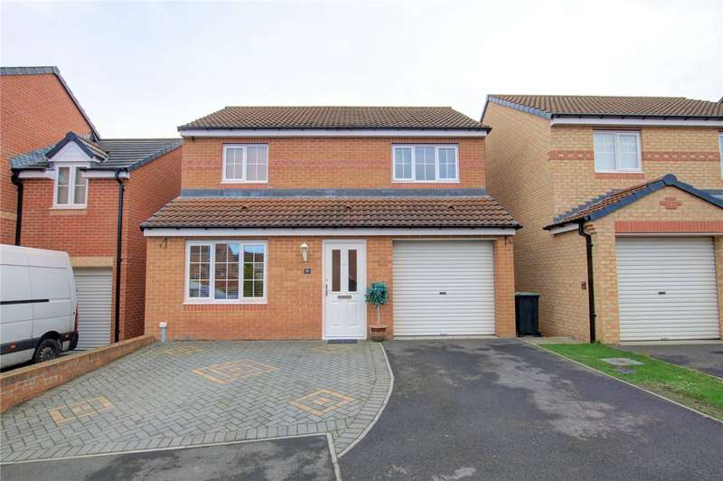 3 Bedrooms Detached House for sale in Cloverhill Court, Stanley, County Durham, DH9