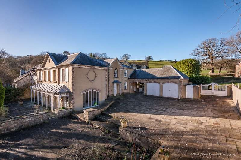 5 Bedrooms Detached House for sale in Llancarfan, Vale of Glamorgan, CF62 3AD