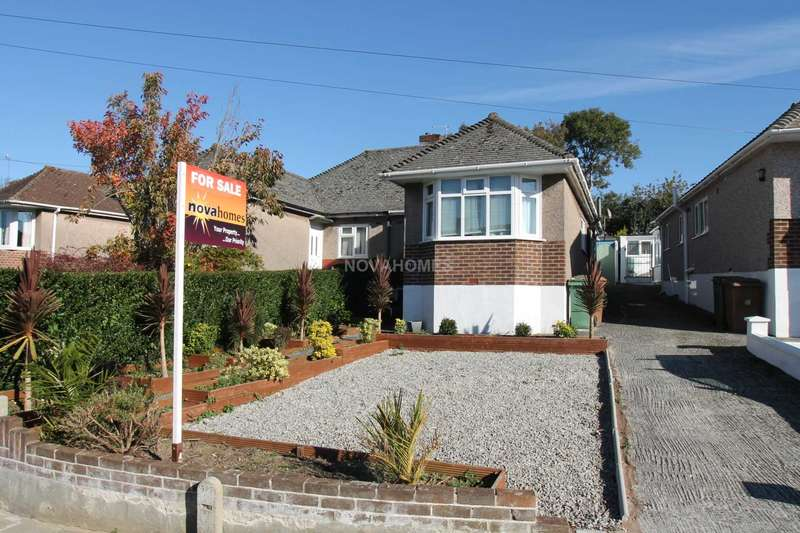 3 Bedrooms Semi Detached Bungalow for sale in Extended Bungalow in Nice Spot, Driveway & Enclosed Gardens