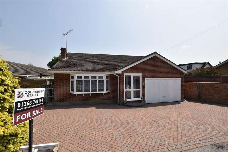 2 Bedrooms Detached Bungalow for sale in Albany Road, Rayleigh