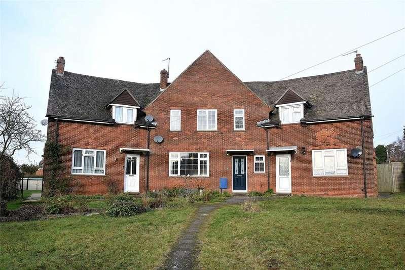 4 Bedrooms Terraced House for sale in Sherborne Road, Basingstoke, Hampshire, RG21
