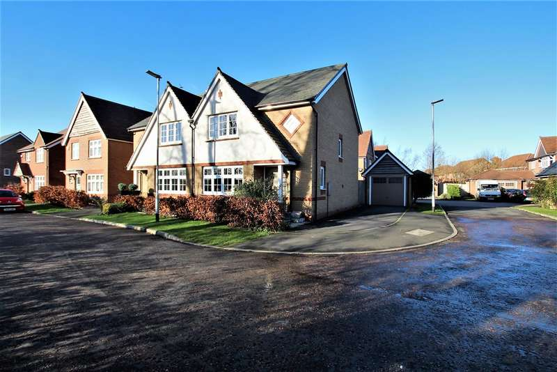 3 Bedrooms Semi Detached House for sale in Tillage Close, Walmer Bridge, Preston