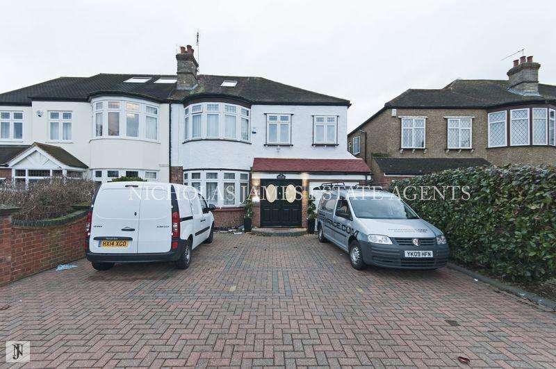 6 Bedrooms Semi Detached House for sale in Hadley Road, Enfield, EN2