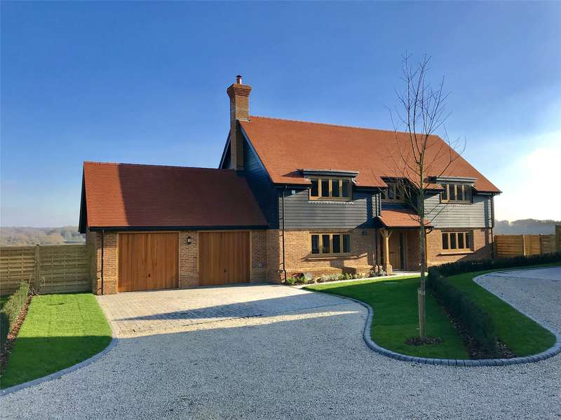 5 Bedrooms Detached House for sale in Holly Bush View, Gibbs Brook Lane, Oxted, Surrey, RH8