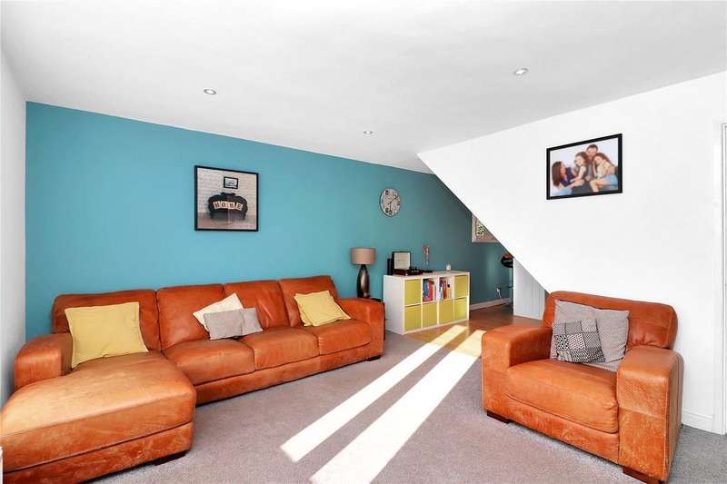 4 Bedrooms House for sale in St Lawrence Close, Abbots Langley, Hertfordshire, WD5