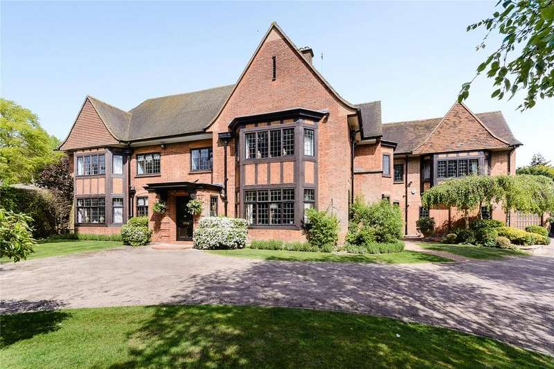6 Bedrooms Detached House for sale in Parkfield, Chorleywood, Rickmansworth, Hertfordshire, WD3