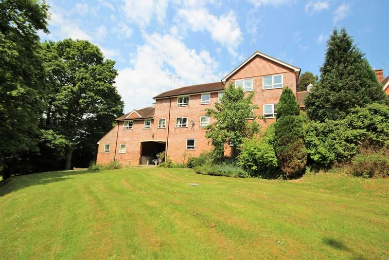 1 Bedroom Property for sale in Farley Hill, Berkshire RG7