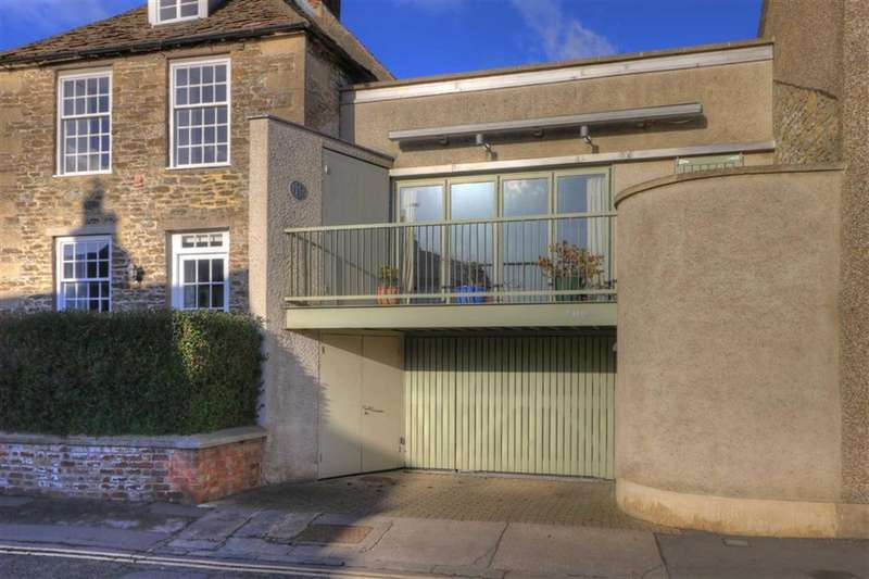 3 Bedrooms Property for sale in Chapa, 19, Bristol Street, Malmesbury