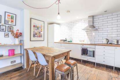 2 Bedrooms Terraced House for sale in Houldsworth Street, Manchester, The Northern Quarter, Greater Manchester