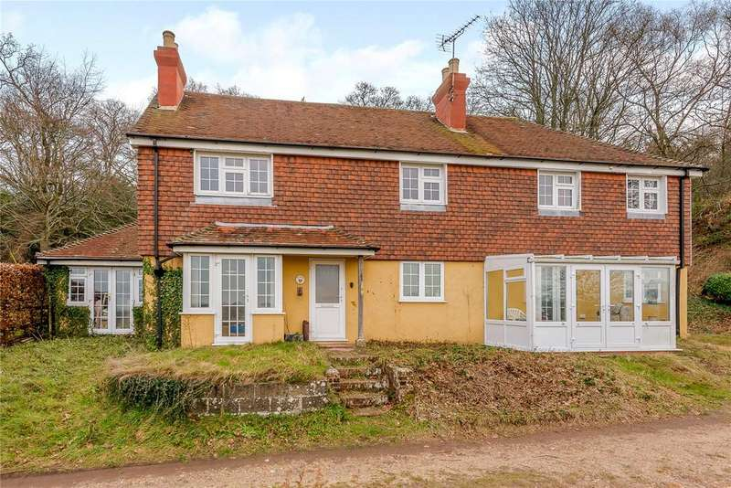 4 Bedrooms Detached House for sale in Trotton, Petersfield, Hampshire